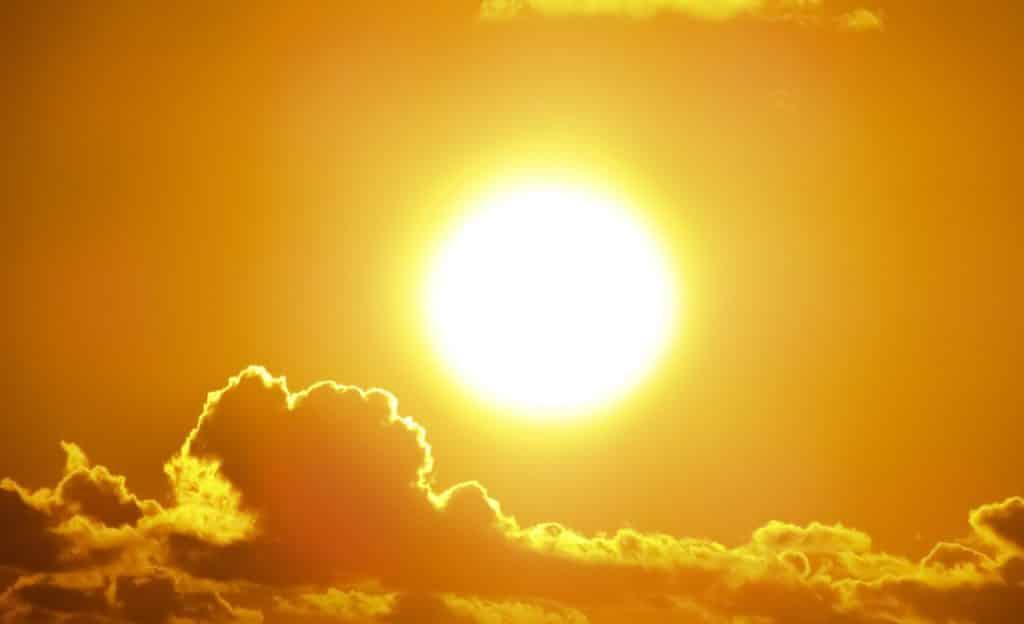 Foto do sol.