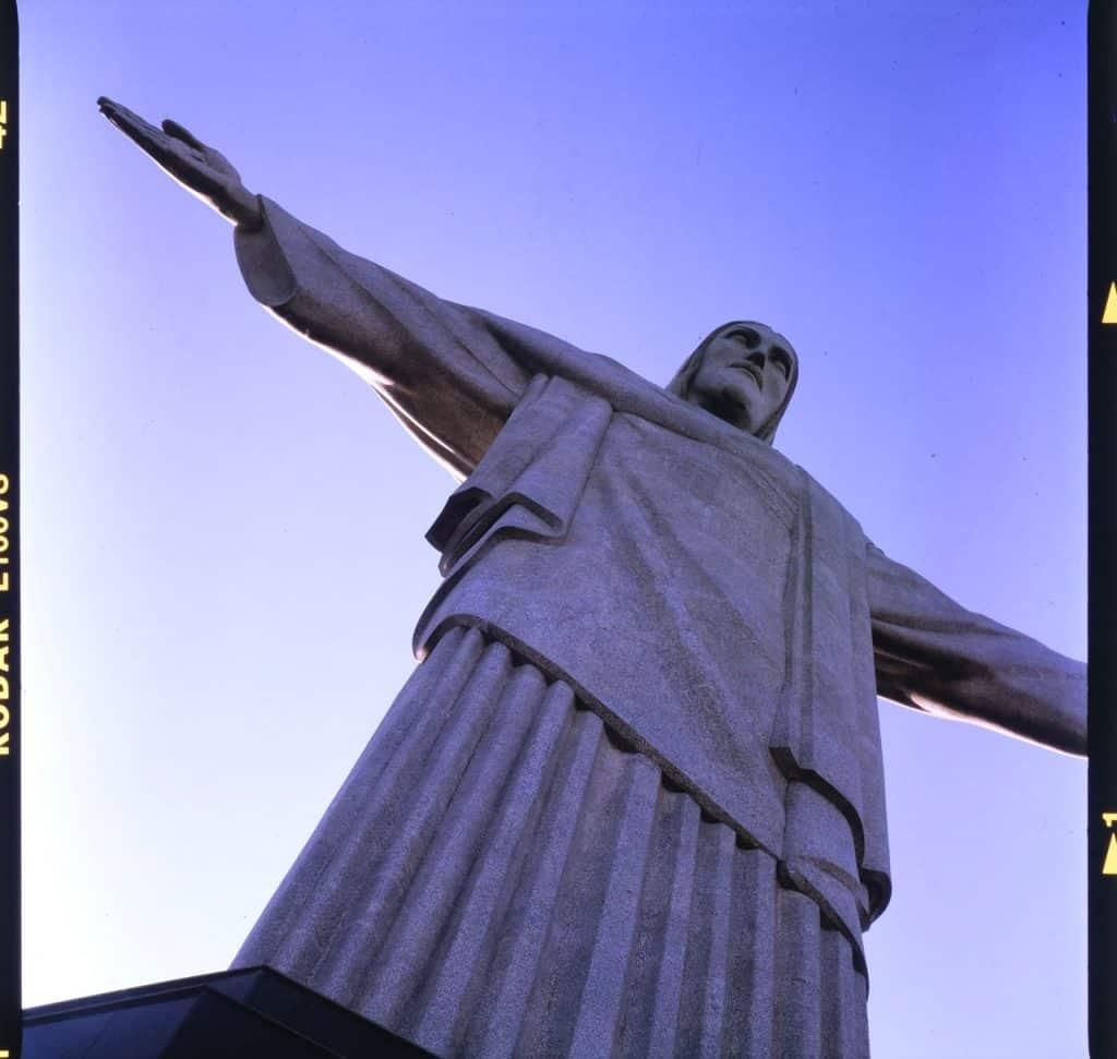 Foto do Cristo Redentor no Rio de Janeiro.